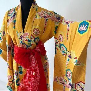 Vintage Jackets & Coats - Vintage kimono silk robe in yellow; bird printing